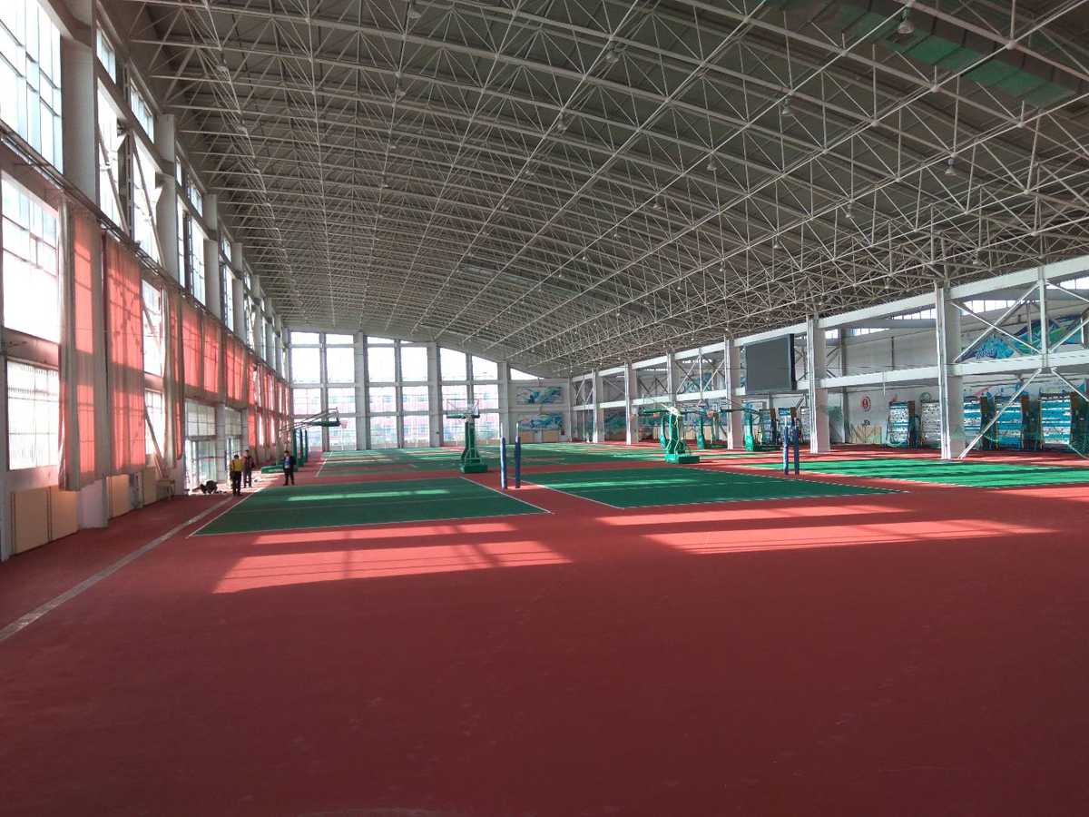 内蒙古某大学体育馆